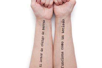 Tattoo lector código de barras